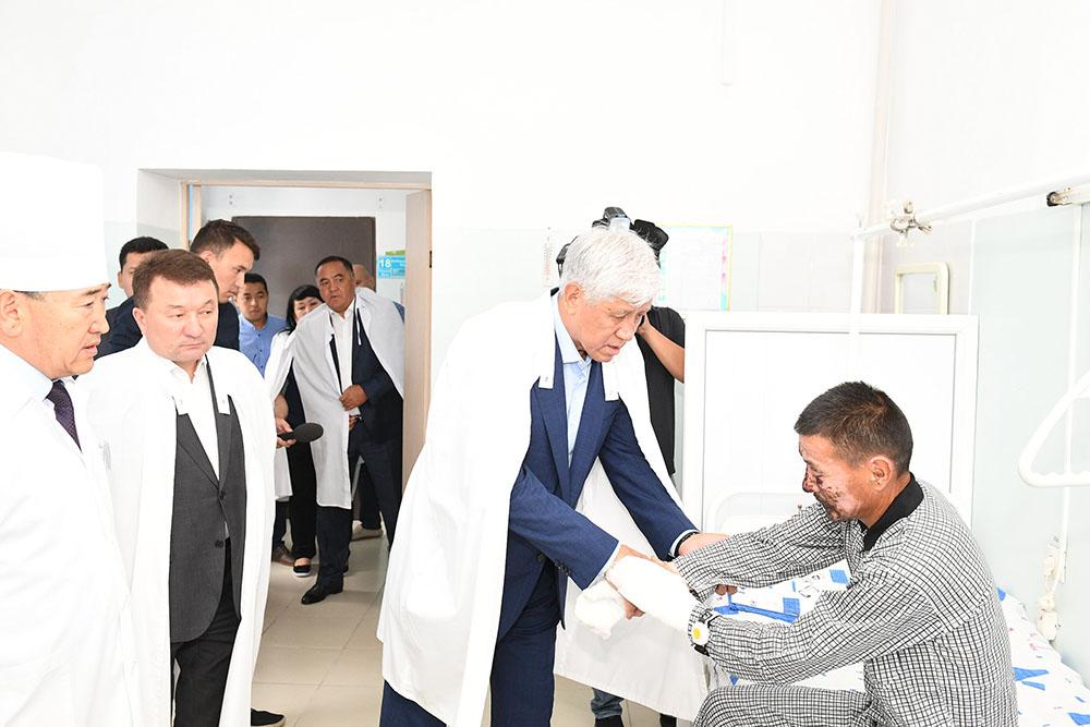 Photo of Алматы облысында өрт сөндіру кезінде мерт болған азаматтардың «Ерлігі үшін» медалі отбасыларына тапсырылды