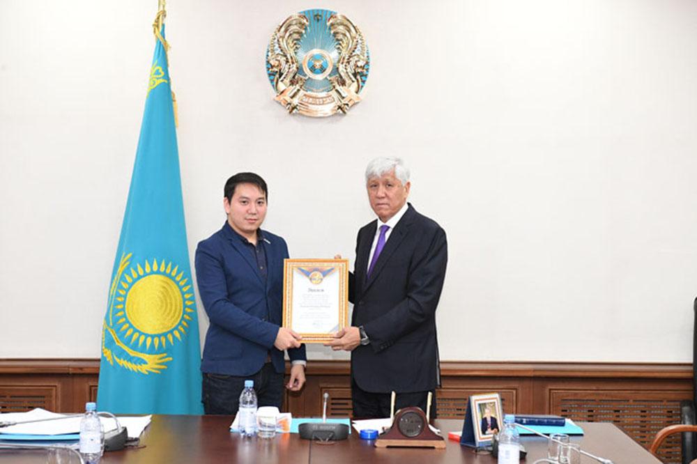 Photo of Алматы облысының әкімі ең белсенді әкім атанды