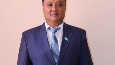 Photo of АДАЛ ЕҢБЕК АБЫРОЙҒА ЖЕТЕЛЕЙДІ