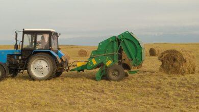 Photo of И день, и ночь косит и заготавливает травы фермерское хозяйство